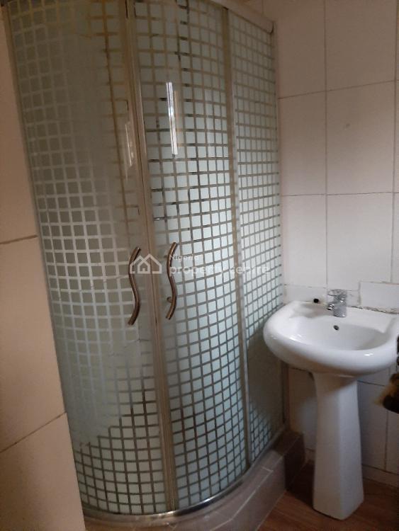 Self-serviced 3 Bedroom En-suite Flat with a Maids Room, Lekki Phase 1, Lekki, Lagos, Flat for Rent