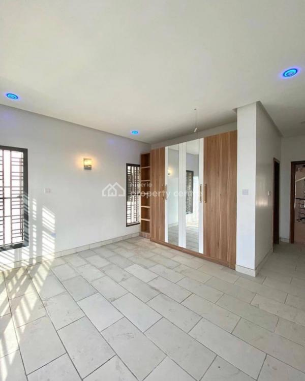 4 Bedroom Town House Duplex, Agungi, Lekki, Lagos, Terraced Duplex for Sale
