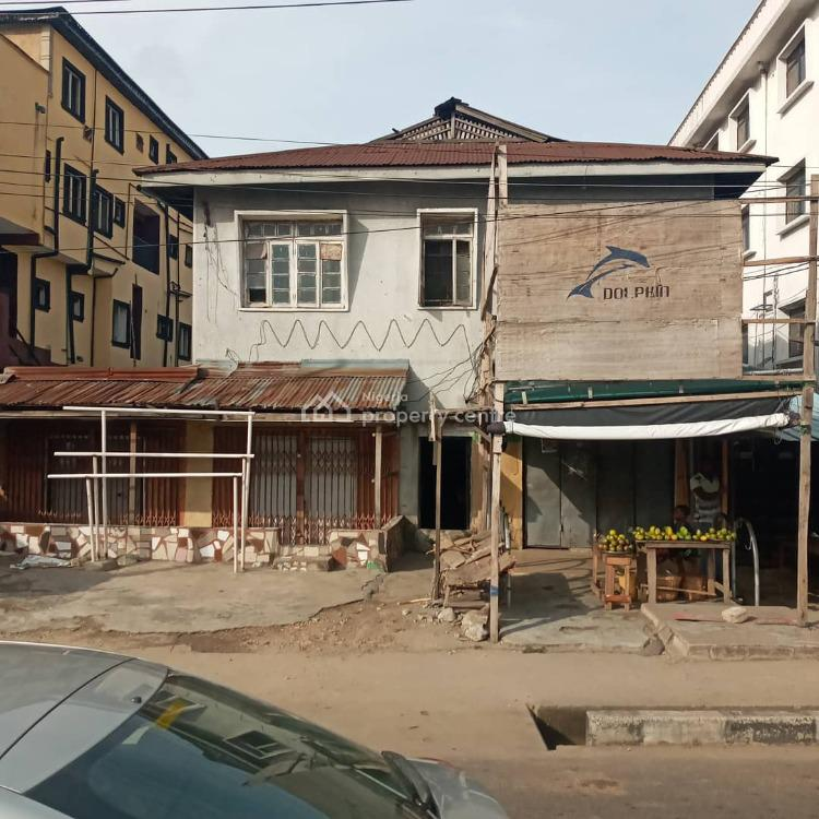 Building on Busy Road, Itire Road, Opp Total Filling Station, Close to Ojuelegba, Itire-ikate, Surulere, Lagos, House for Sale