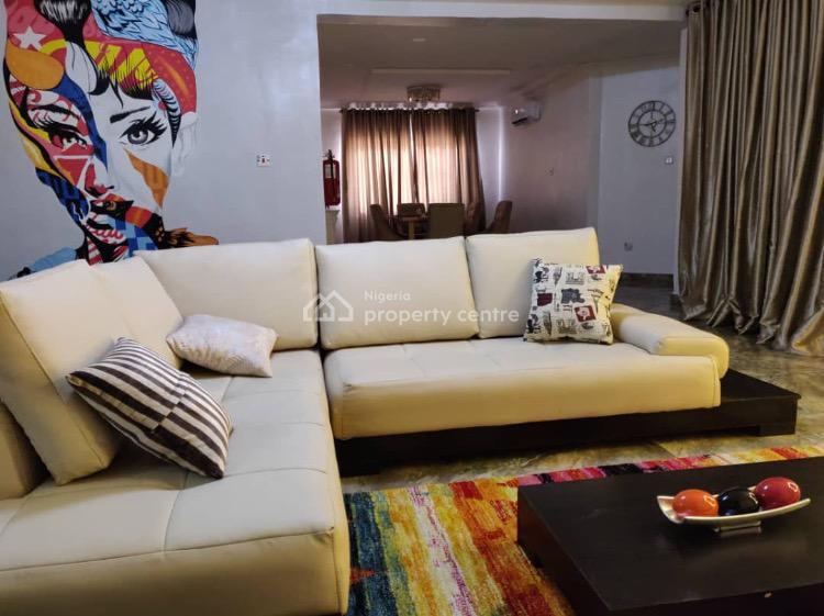 Party  3 Bedrooms with Swimming Pool, Dideolu Estate, Victoria Island Extension, Victoria Island (vi), Lagos, Flat Short Let