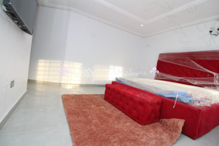 Executive Self Contained  Pent House Serviced 24hr Light, Lekki Phase 1, Lekki, Lagos, Self Contained (single Rooms) for Rent