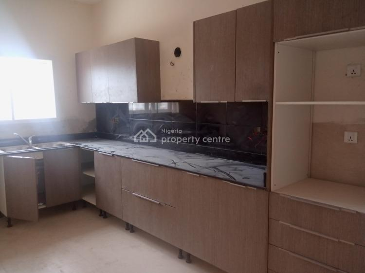 Newly Built Super Luxury 2 Bedroom Penthouse, Orchid Hotel Axis, Lafiaji, Lekki, Lagos, Flat for Sale