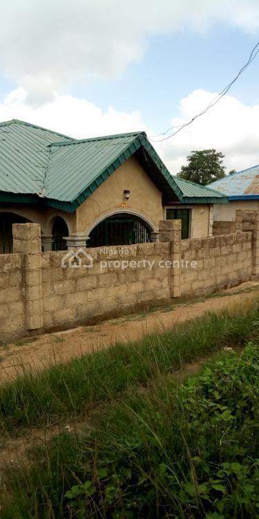 3 Bedroom Detached Bungalow Flat, Life Forte Road, Ibadan, Oyo, House for Sale