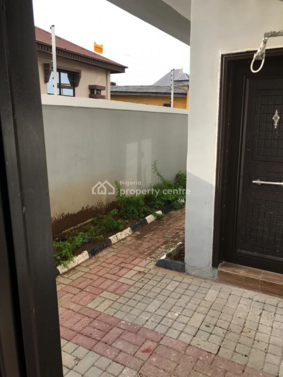 Three Bedroom Terrace, Medina Estate, Medina, Gbagada, Lagos, Terraced Duplex for Rent