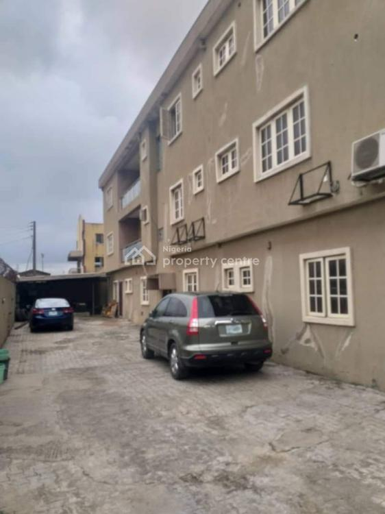 a Block of 6 Units of 3 Bedrooms Flat on 640sqm, Ifako, Gbagada, Lagos, Block of Flats for Sale