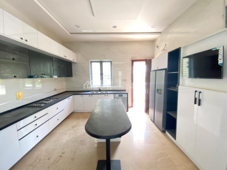 Luxurious Massive 5 Bedrooms Fully Detached House, Pinnock Beach Estate, Osapa, Lekki, Lagos, Detached Duplex for Sale