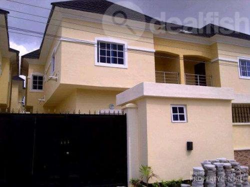 For Sale Cheap Luxury 4 Bedroom Terrace Duplex Bq Chevron Estate Lekki Phase 1 Lekki