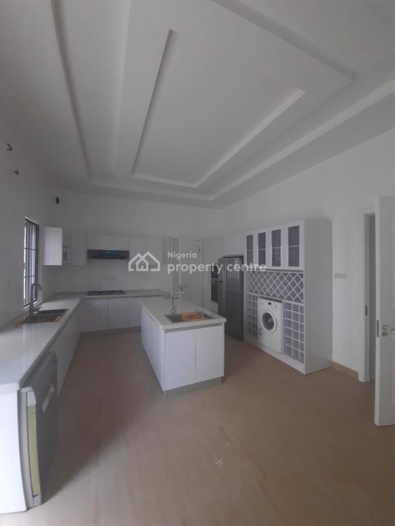 Luxury 6 Bedroom Duplex, Guzape District, Abuja, Semi-detached Duplex for Sale