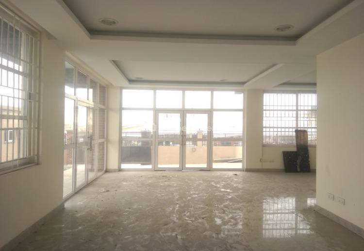 Modern Office Space Code Vbg, Otunla Bus Stop, Lekki- Epe Expressway, Lakowe, Ibeju Lekki, Lagos, Office Space for Rent