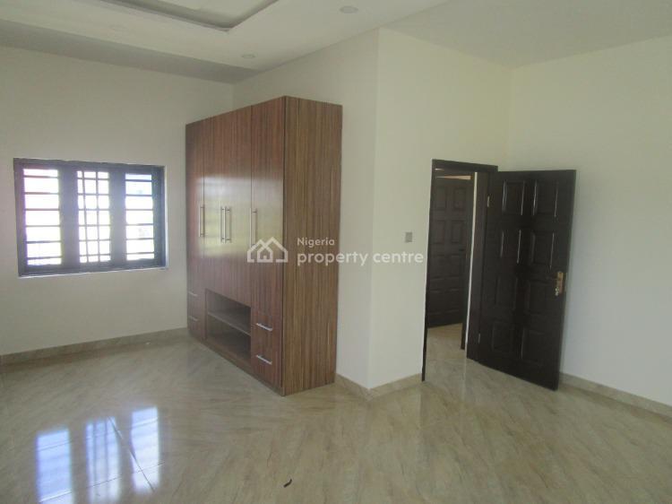 Luxury 3 Bedrooms Terraced Duplex with Excellent Facilities, Lafiaji, Lekki, Lagos, Terraced Duplex for Sale