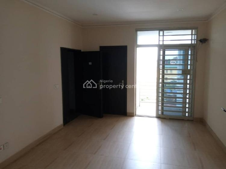 2 Bedroom Serviced Apartment, Yaba, Lagos, Flat for Sale