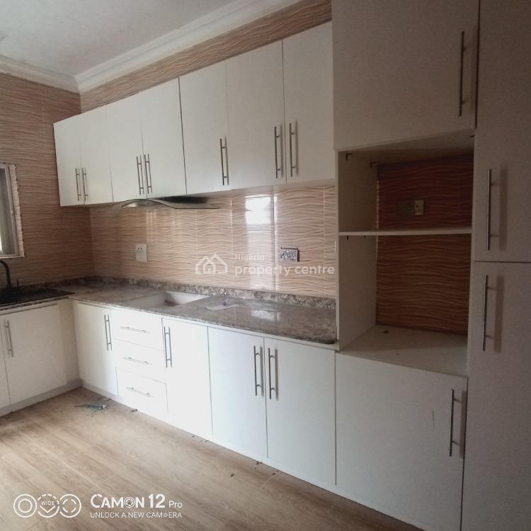 Luxury 2 Bedroom Flat in a Good Environment, Lekki Phase 2, Lekki, Lagos, Flat for Rent