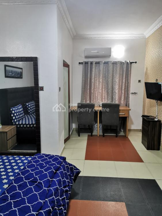 Furnished and Fully Serviced Mini Flat Available., Adewale Kolawole Crescent, Oniru Estate., Lekki Phase 1, Lekki, Lagos, Mini Flat Short Let