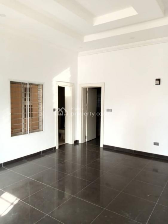 Tastefully Finished,serviced 3 Bedrooms with Bq, Durumi, Abuja, Flat for Rent