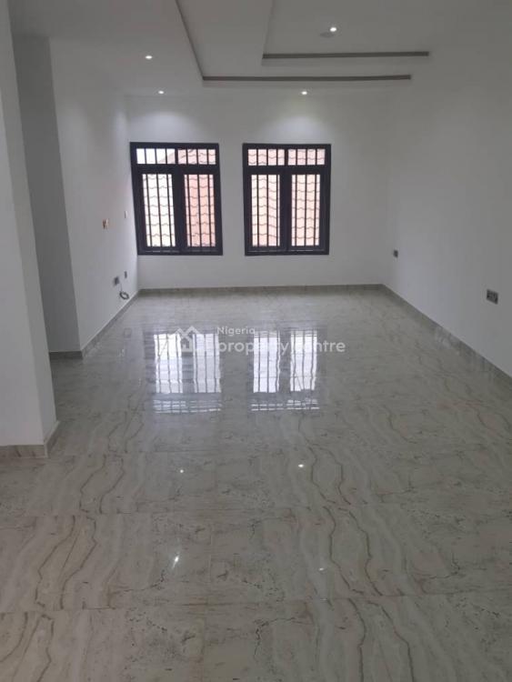 5 Bedroom Terrace with 1 Maids Room, Lekki Phase 1, Lekki, Lagos, Terraced Duplex for Sale