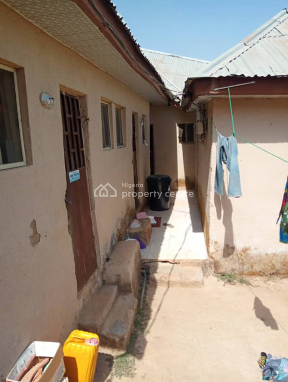 Self Contained with Water, Dutse Bokuma, Dutse, Abuja, Self Contained (single Rooms) for Rent