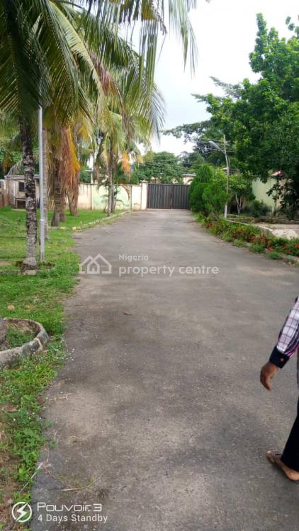 Split Apartment of 4 Bedroom Flat Plus 2 Rooms Penthouse, Magazine Road., Jericho, Ibadan, Oyo, Block of Flats for Sale