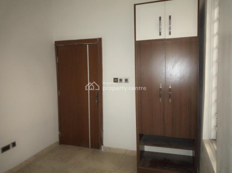 Luxury 4 Bedroom Terraced Duplex Plus a Room Bq, Chevron Drive, Lekki Phase 2, Lekki, Lagos, Terraced Duplex for Rent