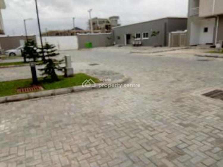 Beautifully Built 3 Bedroom Terraced Duplex with a B/q, Ikate, Lekki, Lagos, Terraced Duplex for Sale