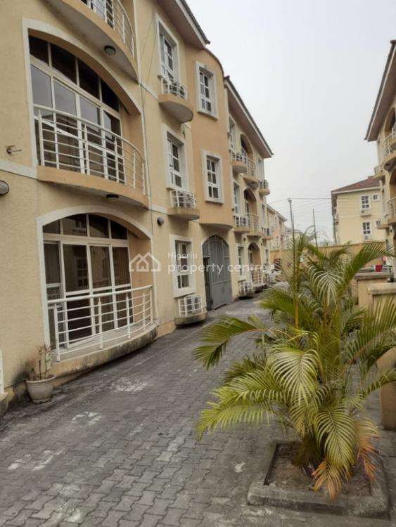 a Distressed 3 Bedroom Tenanted and Fully Serviced Apartment, Milverton Estate, Osapa, Lekki, Lagos, Flat for Sale