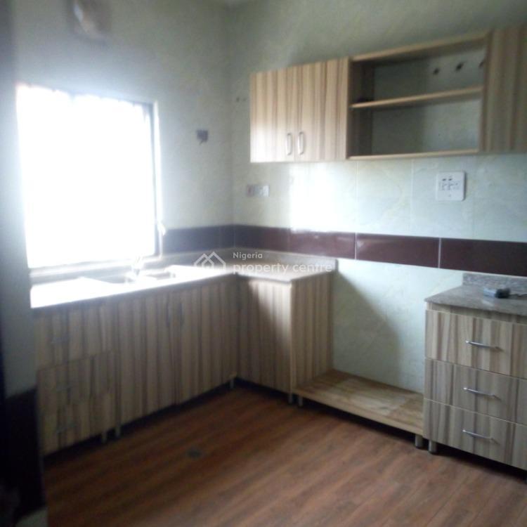 For Rent: 2 Bedroom Flat, By Nava Quarter, Kado, Abuja