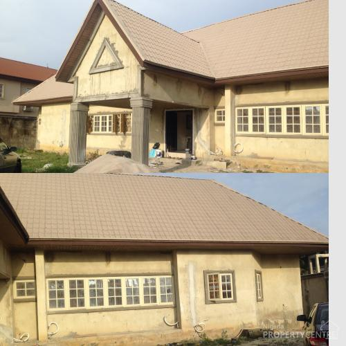 For Sale: Luxury 5 Bedroom Bungalow With 2 Bedroom Boys