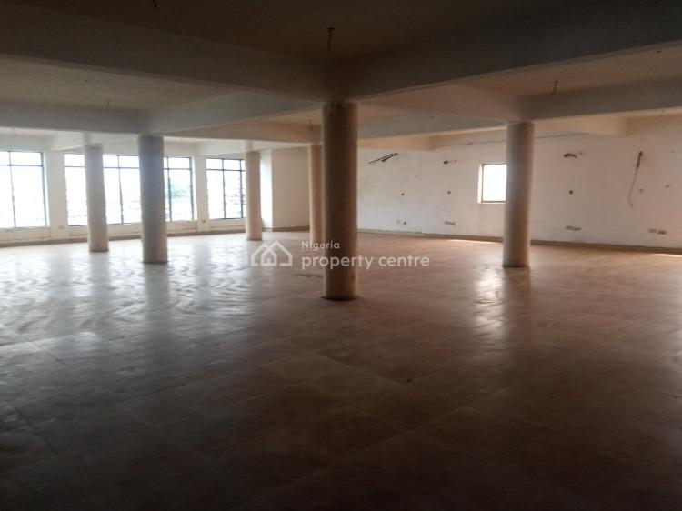 733sqm Commercial Space for Showroom/office, Lekki Expressway, Lekki, Lagos, Warehouse for Rent