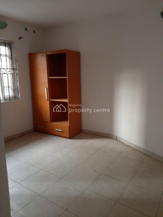 Self Serviced 2 Bedrooms En-suite Flat, Lekki Phase 1, Lekki, Lagos, Flat for Rent