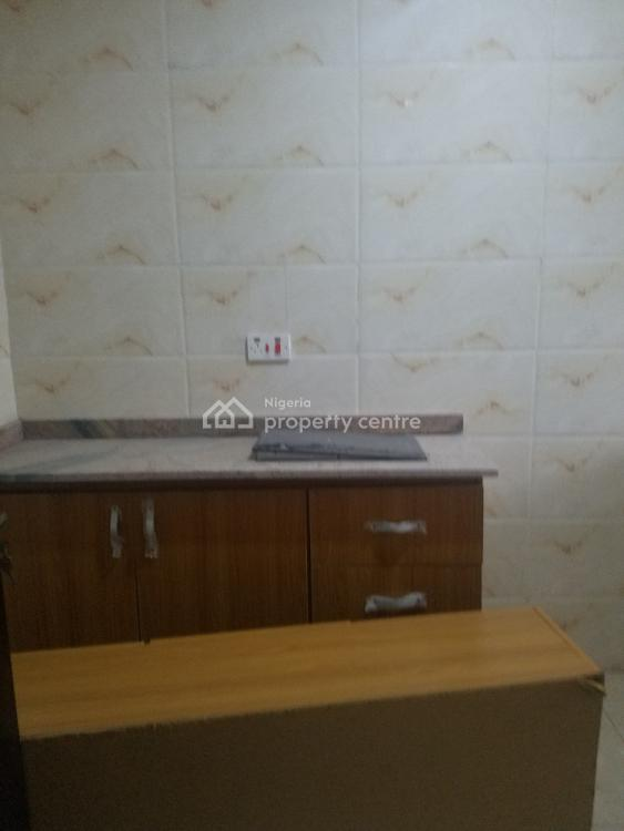 Lovely 2 Bedroom Flat with Ac, Oba Elegushi Street, Ikate Elegushi, Lekki, Lagos, Flat for Rent