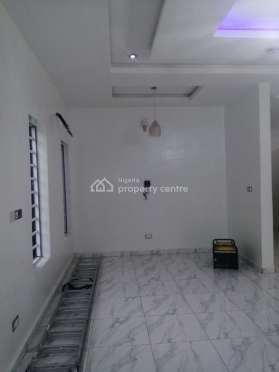 Luxury 4 Bedroom Semi-detached House in an Estate, Chevron Alternative Route, Lekki Phase 1, Lekki, Lagos, Semi-detached Duplex for Sale