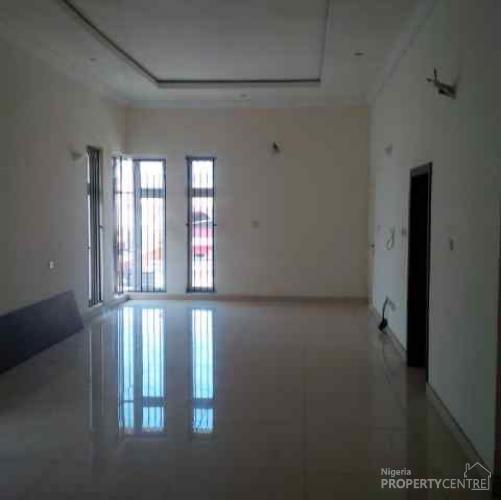 For Sale 5 Bedroom Fully Detached House Lekki Phase 1