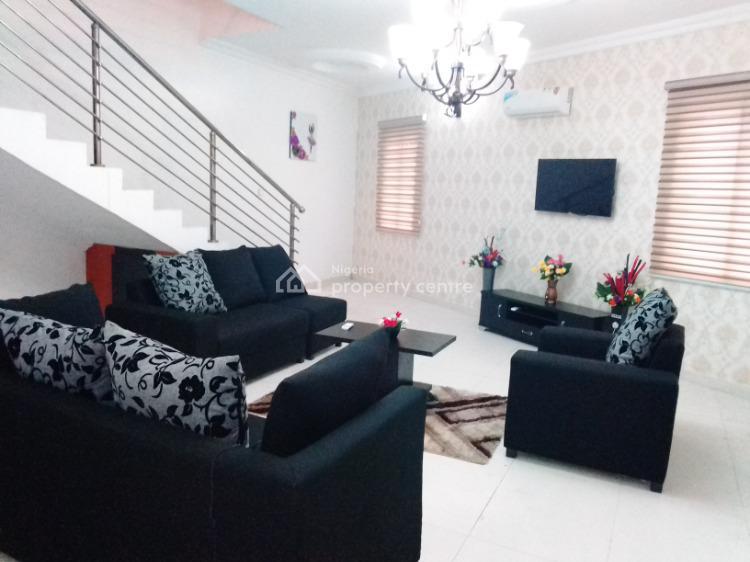 Luxurious  4 Bedroom Apartment, Mike Ejezie, Lekki Phase 1, Lekki, Lagos, Flat Short Let