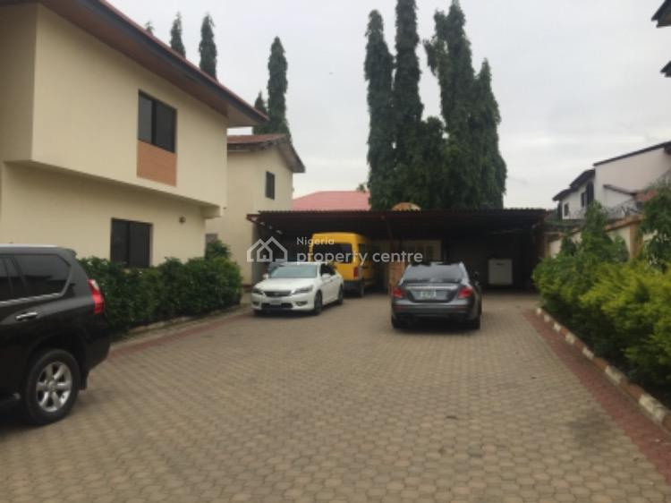 a Building. 6 Bedroom Sitting on 1300 Square Meter, Maitama District, Abuja, Detached Duplex for Sale