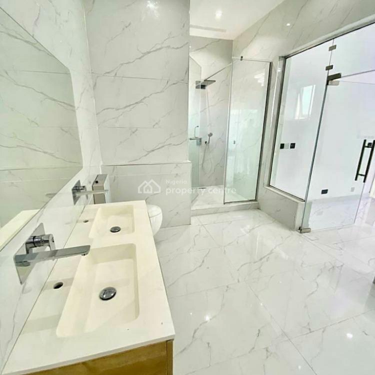 5 Bedroom Fully Detached Duplex Is Available, Pinnock Beach Estate, Lekki Phase 1, Lekki, Lagos, Detached Duplex for Sale