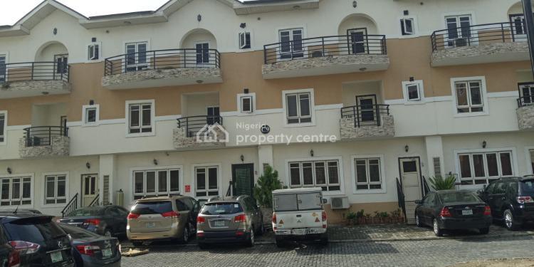 5 Bedrooms Terraced Duplex, Jacob Mews Estate, Adebisi Street, Alagomeji, Yaba, Lagos, Terraced Duplex for Rent