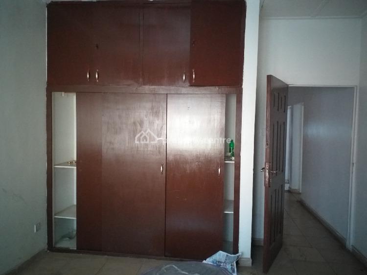 5 Bedroom Bungalow, Tola Adewunmi Street, Onigbongbo, Maryland, Lagos, Detached Bungalow for Rent