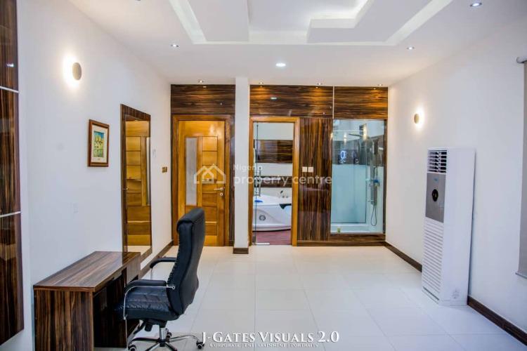 Skyline Luxe 3 Bedroom Penthouse with Top Notch Facilities, Oladimeji Close, Off Freedom Way, Lekki Phase 1, Lekki, Lagos, Flat Short Let