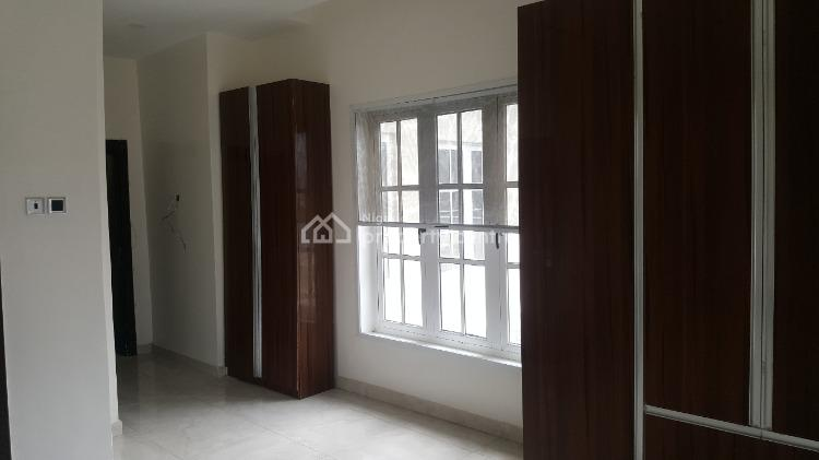 Luxury 3 Bedroom Apartment, Elf Bus Stop, Lekki Right, Ikate Elegushi, Lekki, Lagos, Flat for Sale