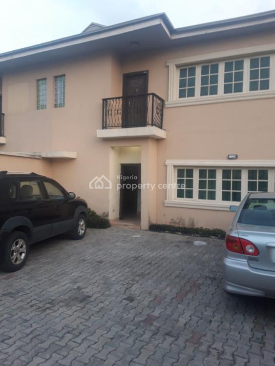 1 Room and Parlour Apartment, Okuzu Street, Lekki Phase 1, Lekki, Lagos, Mini Flat for Rent