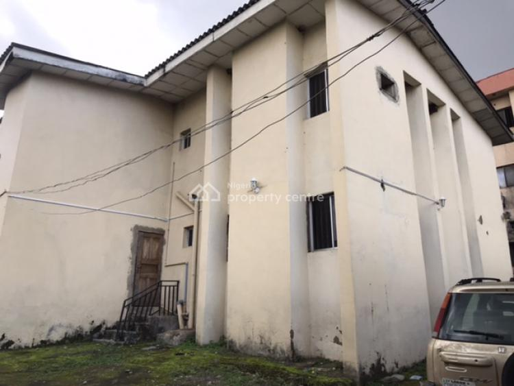 Old 5 Bedrooms Fully Detached House with Bq (mixed Use), Off Olusegun Obasanjo Way, By Customs Headquarters, Wuse, Abuja, Detached Duplex for Sale