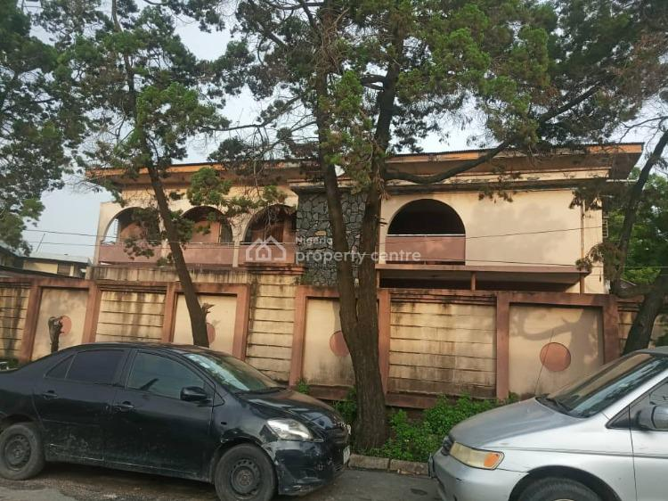 Land with a Demolishable Structure, Obanikoro, Shomolu, Lagos, Detached Duplex for Sale