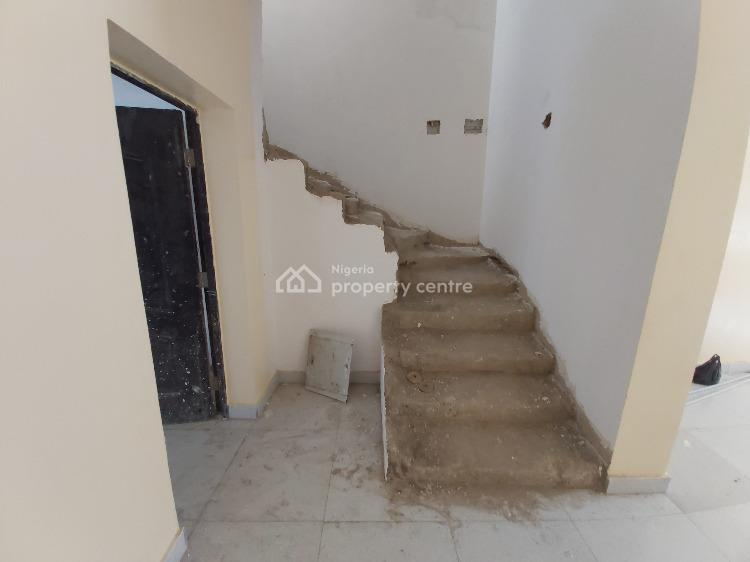 Brand New Well Located 4 Bedrooms Terraced House with Bq, Guzape District, Abuja, Terraced Duplex for Sale