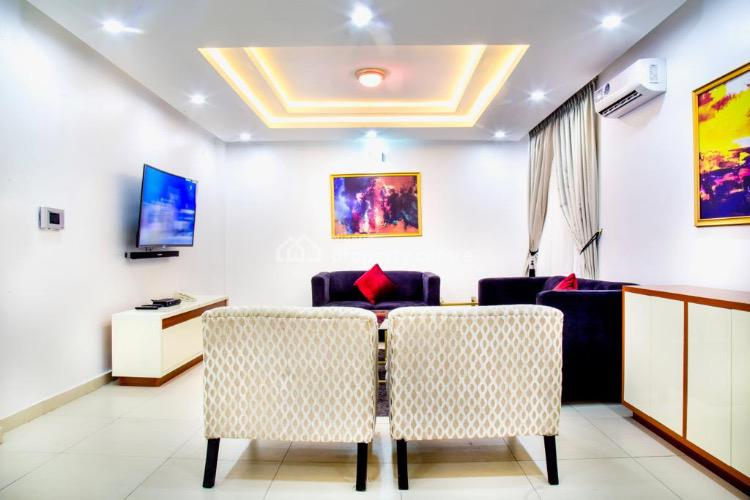 Hassans Suites. 3 Bedroom Luxury Apartment , 24 Hrs Power Supply, Alia, Palm Springs, Ikate, Victoria Island (vi), Lagos, Flat Short Let