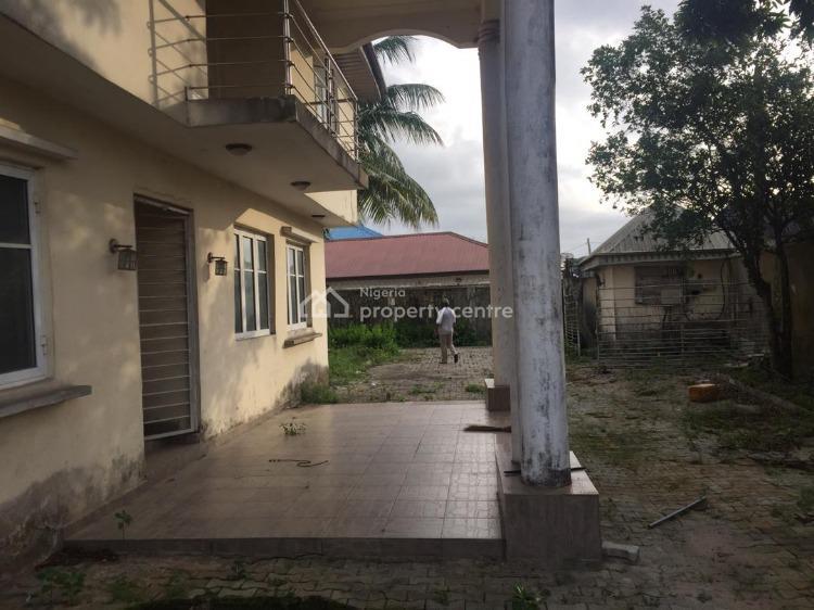 Dilapidated But Well Finished 6 Bedrooms Duplex, Awoyaya, Lekki Expressway, Lekki, Lagos, Commercial Property for Sale