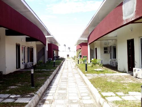 Essential Homes for sale: units of 2, 3, 4 bedroom bungalows and 3 bedroom