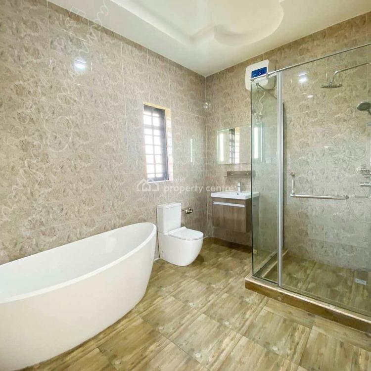 4 Berooms Detached Duplex, Lafiaji, Lekki, Lagos, Detached Duplex for Sale