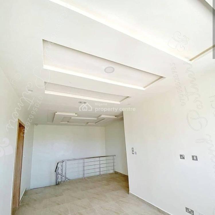 4 Bedrooms Semi Detached Duplex, Osapa London, Osapa, Lekki, Lagos, Semi-detached Duplex for Sale