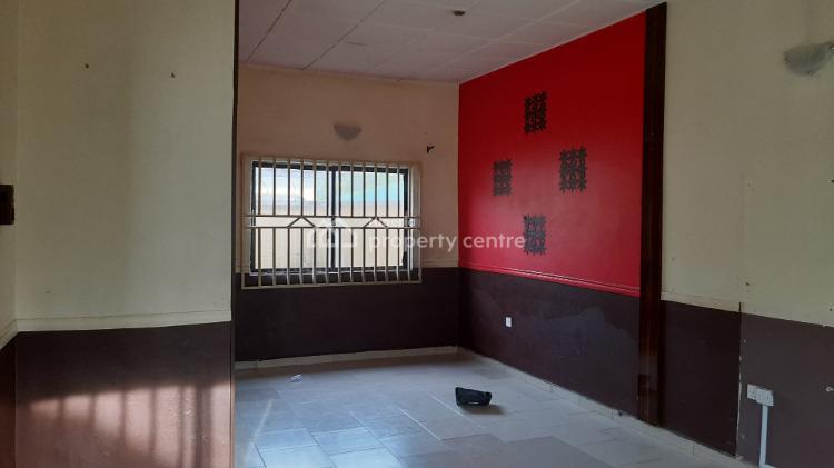 Spacious 2 Bedroom Flat, 5th Avenue, Gwarinpa, Abuja, Flat for Rent