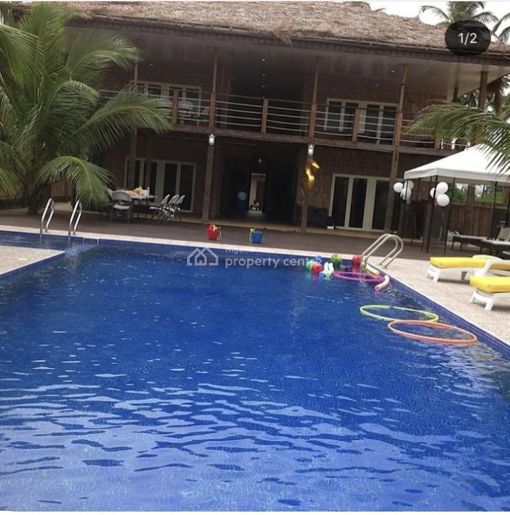 Eden Beach House with Pool + Table Tennis, Ilashe, Lagos, House Short Let