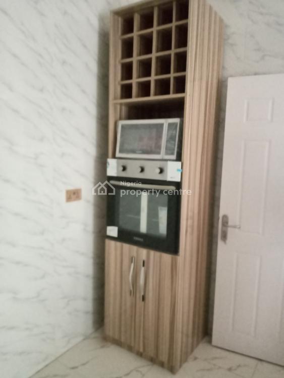 4 Bedroom Semi-detached with a B/q, Chevron Alternative, Lekki Phase 1, Lekki, Lagos, Semi-detached Duplex for Sale